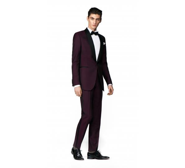 Costum Filip Cezar Wine