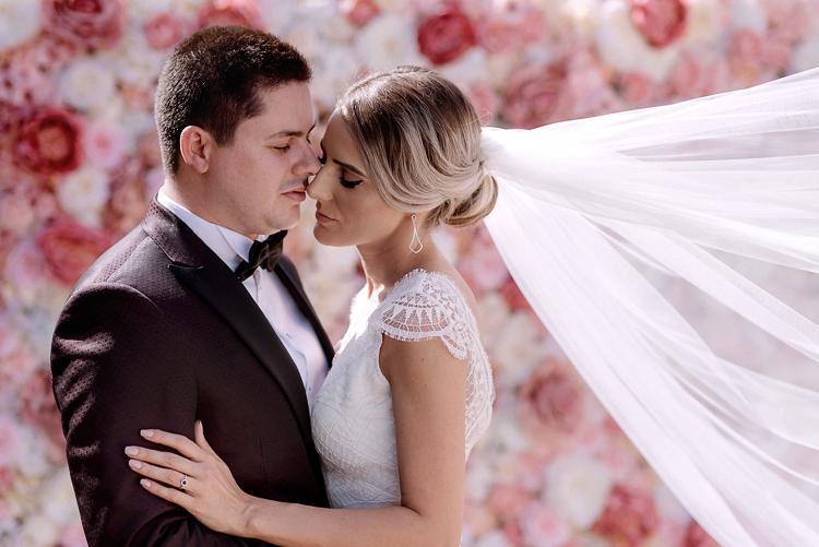 Costumul si accesoriile mirelui la o nunta