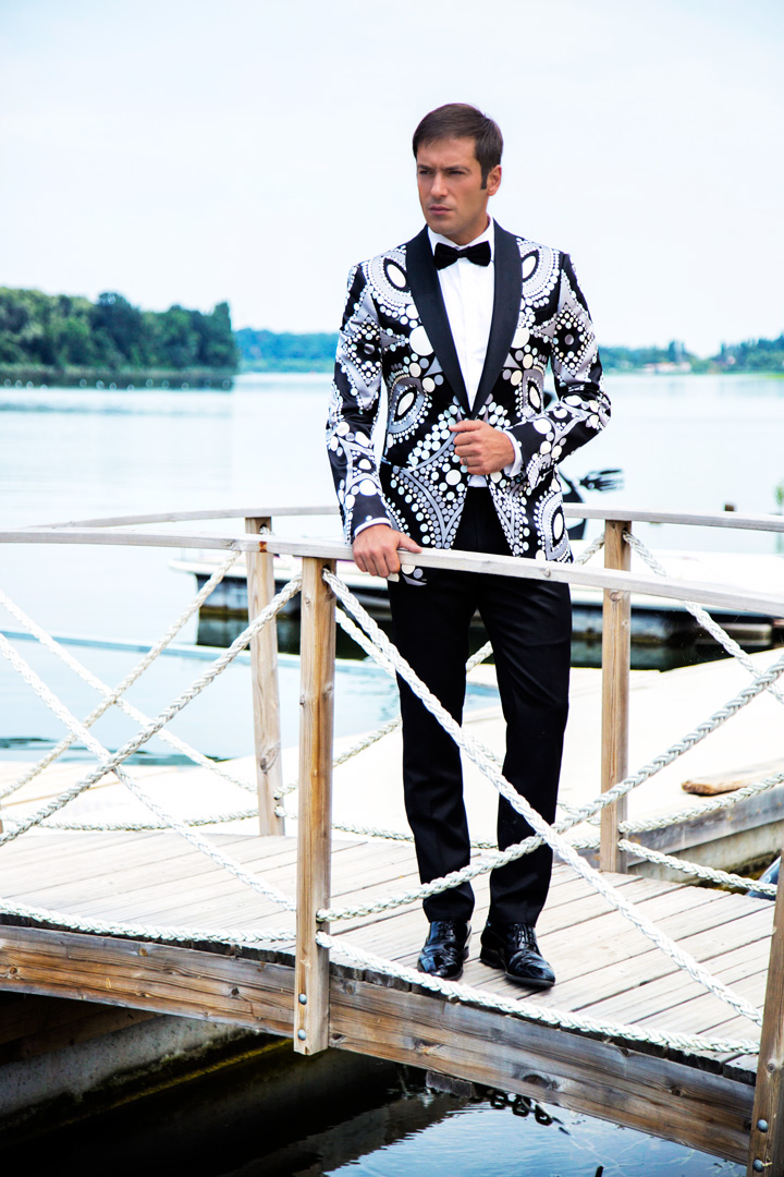 Costum de mire la comanda Filip Cezar Geometric Silk