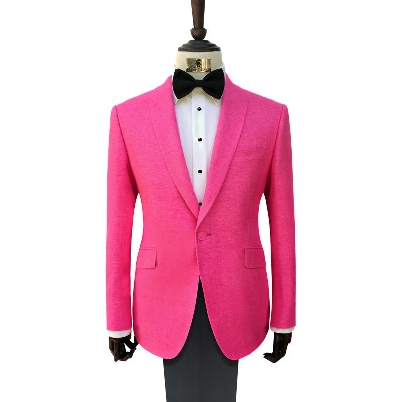 Exemplu de costum de ceremonie pentru tendintele din 2017