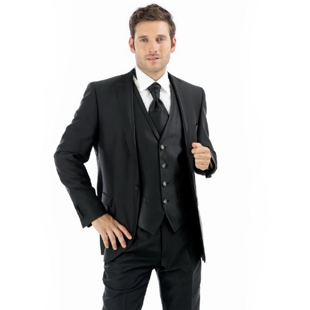 Costume de mire gata de purtat