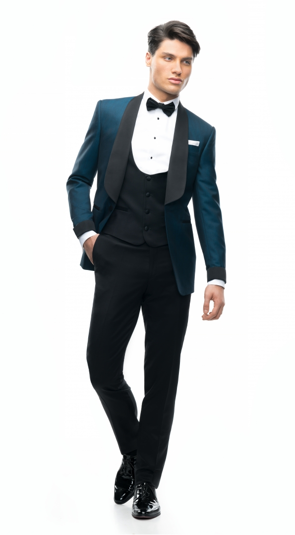 Filip Cezar New Greenland Suit