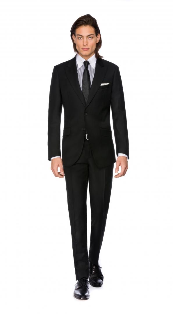 Filip Cezar Simple Black Suit
