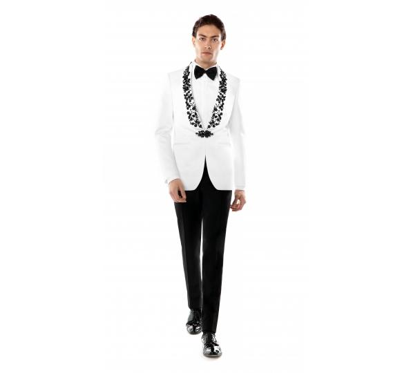 Filip Cezar Sensitive White Suit